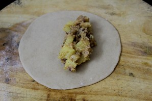 Пирожки, жареные в масле - фото шаг 8