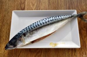 Запеканка из белой рыбы с креветками в томатном соусе - фото шаг 1