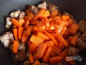 Рецепт жаркого из свинины с картошкой - фото шаг 3