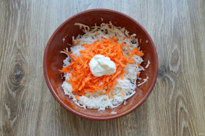 Салат из дайкона со сметаной - фото шаг 4