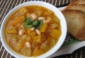 Фасолевый суп на курином бульоне - фото шаг 4