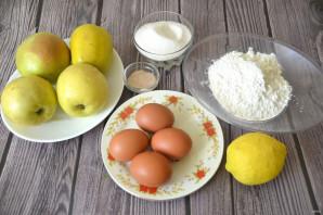 Бисквитный рулет с яблоками - фото шаг 1