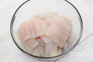 Рыба, тушенная с овощами - фото шаг 1