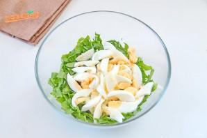Салат из шпината с ветчиной и яйцами - фото шаг 3