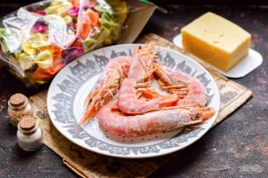 Паста с креветками и сыром - фото шаг 1