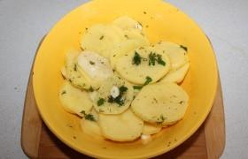 Говядина в рукаве с картошкой - фото шаг 4