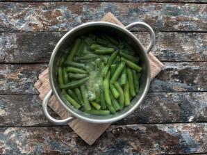 Салат из стручковой фасоли с мясом - фото шаг 3