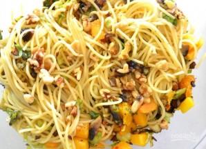 Спагетти с тыквой и овощами - фото шаг 5