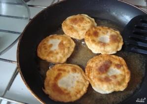 Колбаса в тесте - фото шаг 3
