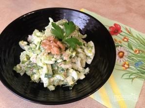 Салат из сельдерея с огурцом и орехами - фото шаг 6