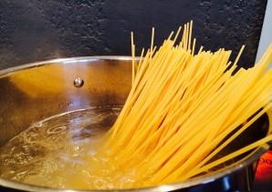 Соус для спагетти с курицей - фото шаг 7