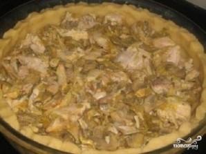 Киш с курицей и грибами - фото шаг 7
