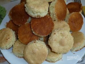 Бисквитные пирожные с кремом - фото шаг 7
