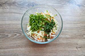 Салат с капустой и дайконом - фото шаг 7