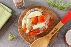 Ассорти из помидоров и кабачков на зиму - фото шаг 6