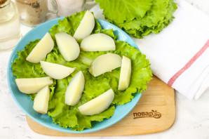 Салат с морской капустой и селедкой - фото шаг 2