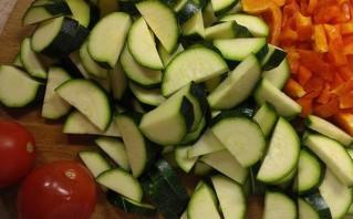 Пшеничная каша с соевым мясом и овощами - фото шаг 3