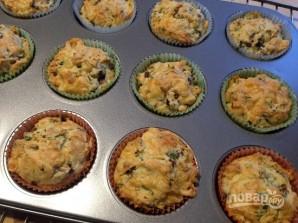 Грибные маффины с сыром и зеленью - фото шаг 11