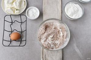Шоколадный пирог с творогом - фото шаг 4