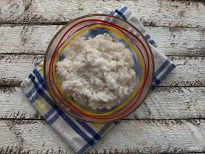 Рис с килькой в томатном соусе - фото шаг 4