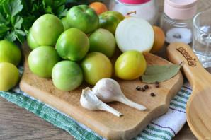 Зеленые помидоры с чесноком и петрушкой на зиму - фото шаг 1