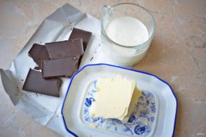 Глазурь для торта из шоколада и сливок - фото шаг 1
