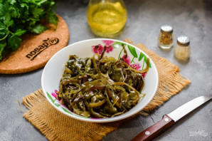 Салат с морской капустой - фото шаг 2