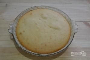 Бисквит на кефире с вареньем - фото шаг 9