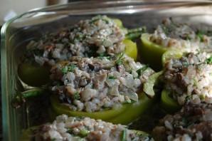 Перец, фаршированный гречкой и грибами - фото шаг 5
