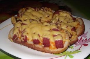 Бутерброды с копченой колбасой - фото шаг 3