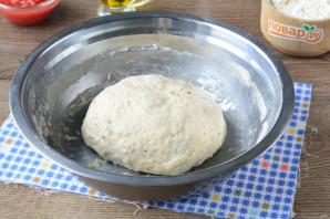 Лепешка с томатом и базиликом - фото шаг 6