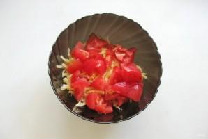 Салат с индейкой, помидором и сыром - фото шаг 3
