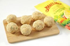 """Закуска """"Сырные шарики"""" с кунжутом и оливками - фото шаг 9"""