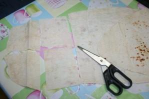 Конверты из лаваша с сыром - фото шаг 1