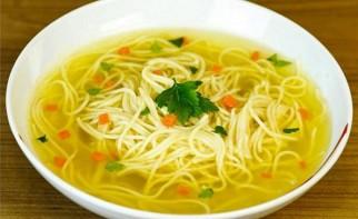 Суп картофельный с лапшой - фото шаг 7