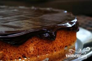 Ореховый пирог с шоколадной глазурью - фото шаг 5