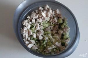 Салат из черешкового сельдерея - фото шаг 5