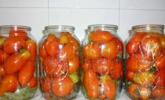 Фаршированные помидоры на зиму - фото шаг 8