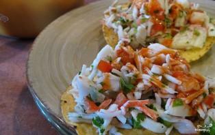 Салат с креветками и крабовым мясом - фото шаг 10