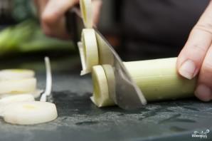 Запеченное куриное филе с картошкой - фото шаг 1
