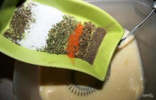 Куриный рулет с омлетом - фото шаг 3