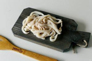Паста с кальмарами в томатном соусе - фото шаг 3