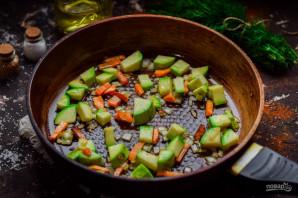 Тушеные куриные желудки с кабачками - фото шаг 4