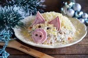 """Новогодний салат """"Свинка"""" - фото шаг 8"""