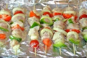 Курица на шпажках с овощами - фото шаг 8