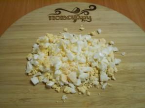 Салат из зеленой фасоли с яйцами - фото шаг 5