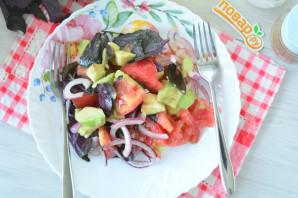 Салат с авокадо и базиликом - фото шаг 6