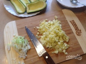 Цукини, фаршированные картофелем - фото шаг 4