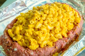 Мясной рулет с макаронами и сыром - фото шаг 4