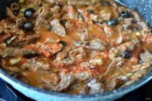 Говядина, тушеная  по-провански в томатном соусе  - фото шаг 5